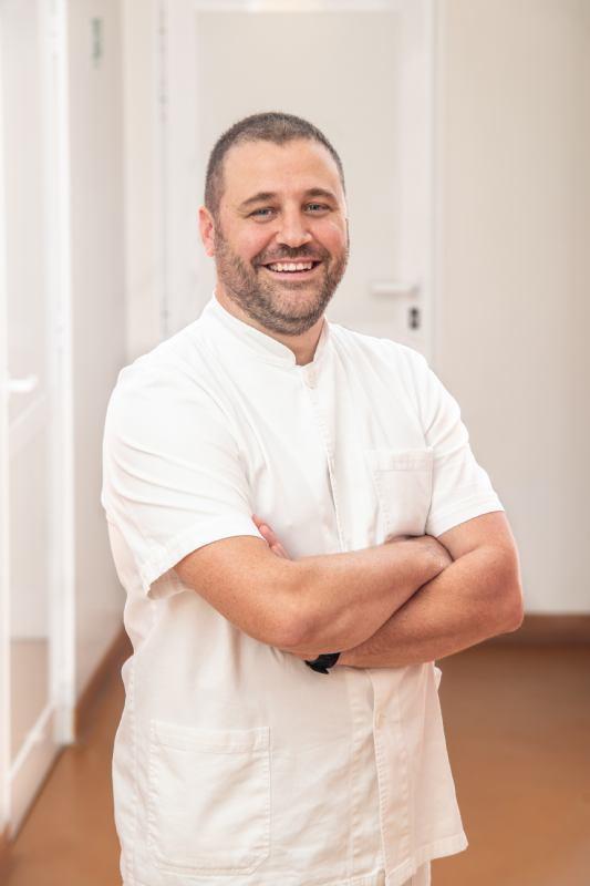 Luka Širola, dr.med.