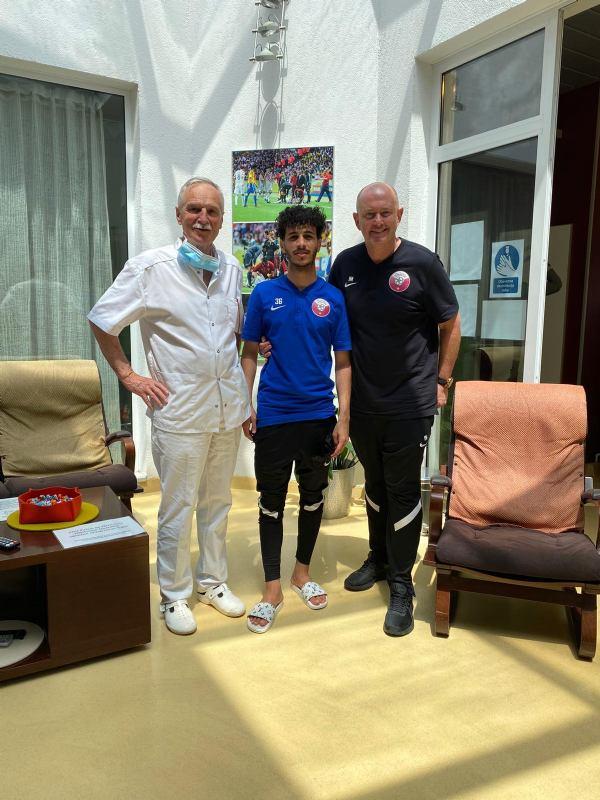 Bolnicu posjetio nogometni reprezentativac Katara, Khalid Muneer